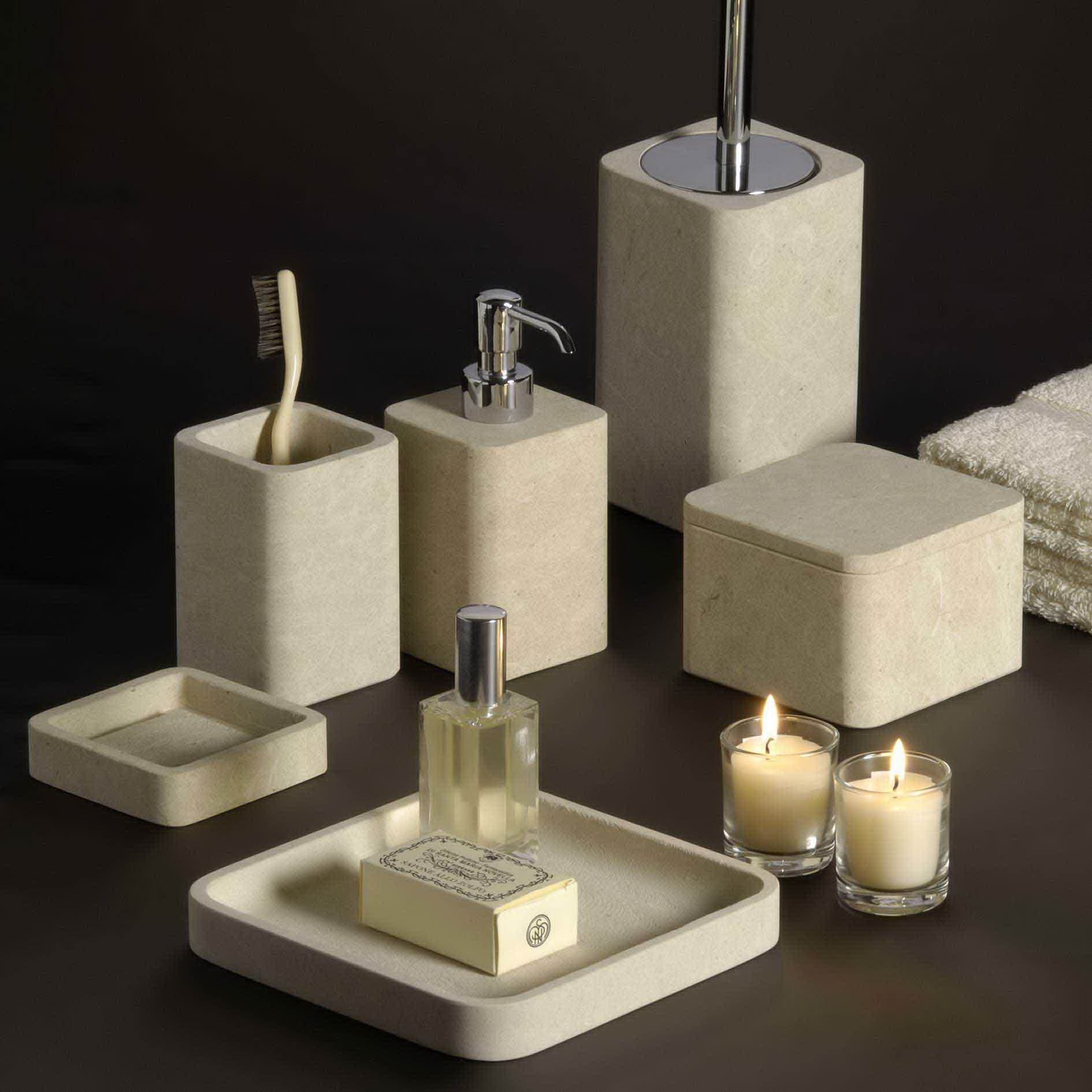 Ustensile de salle de bain 49084 salle de bain id es for Accessoires salle de bain fly